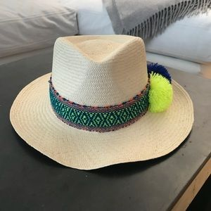 Accessories - Straw natural fedora with Pom Pom accent